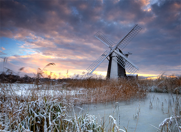 Winter at Herringfleet Canvas print by Keith Naylor