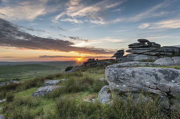 Beautiful Sunset on Bodmin Moor Canvas print by Helen Hotson