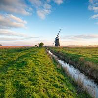 Buy canvas prints of Halvergate Windmill by Helen Hotson