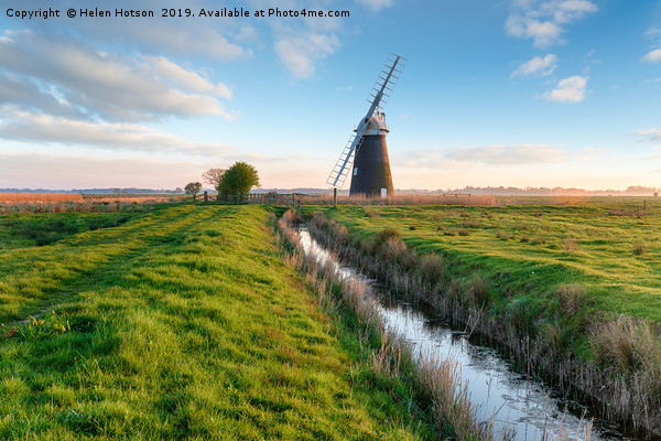Halvergate Windmill near Great Yarmouth  Canvas print by Helen Hotson