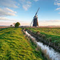 Buy canvas prints of Halvergate Windmill near Great Yarmouth  by Helen Hotson