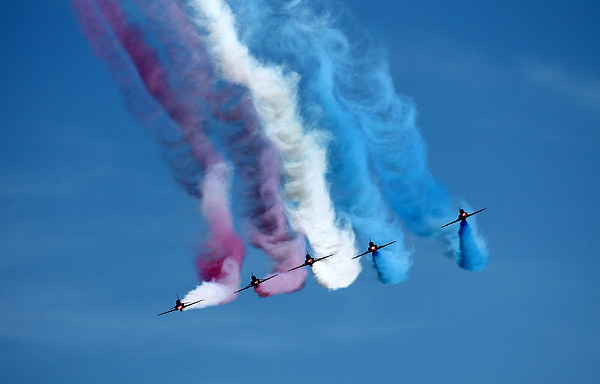 Red Arrows Face Off Canvas print by James Innes