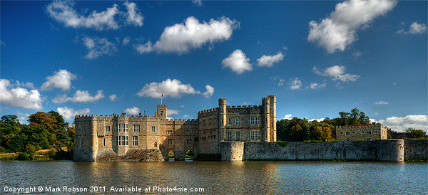 Leeds Castle Canvas Print by Mark Robson