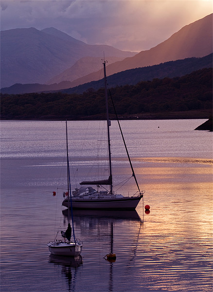 Loch Leven Canvas print by Mark Robson