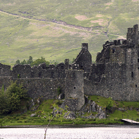 Buy canvas prints of Kilchurn Castle by Jane Braat