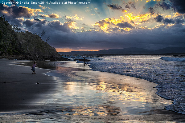 Sunset over Byron Bay Canvas print by Sheila  Smart