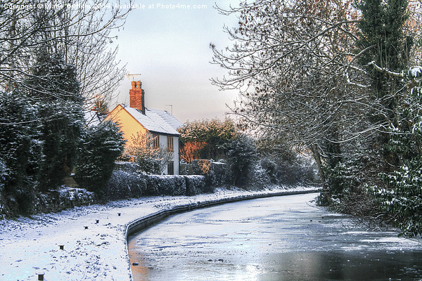 Snowy Penkridge Canal Canvas print by Diane Griffiths