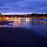 Buy canvas prints of South Bay, Scarborough North Yorkshire by Richard Pinder