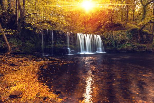 Sgwd Ddwli Uchaf, Brecon Waterfalls Canvas print by Dean Merry