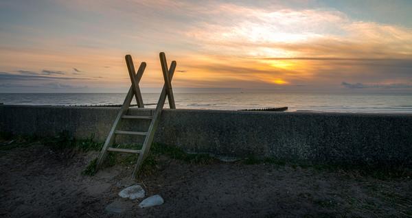 Fleetwood Sunset Canvas print by Alan Duggan