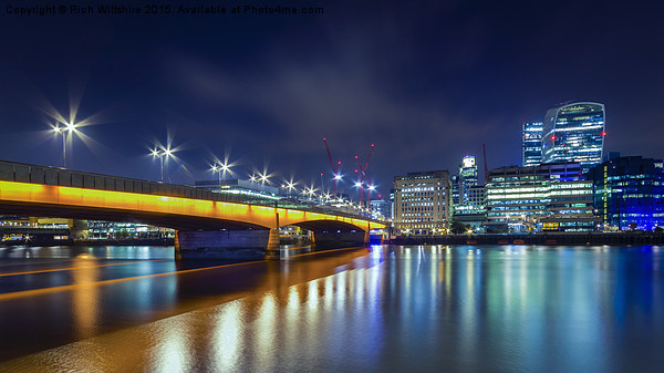 London Bridge Canvas print by Rich Wiltshire