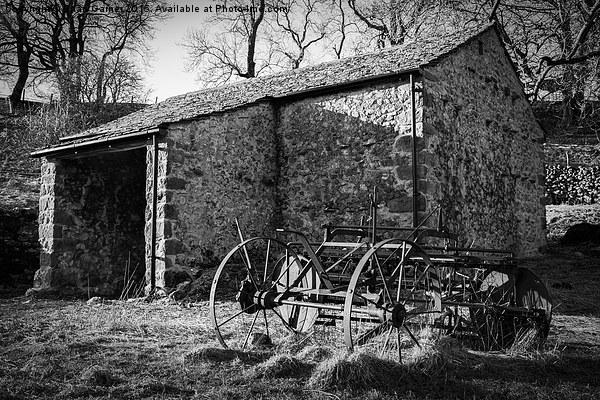Yorkshire Dales Farm Building Canvas print by Brian Garner