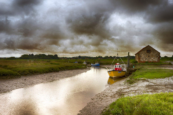 Thornham Harbour Framed Mounted Print by Alan Simpson