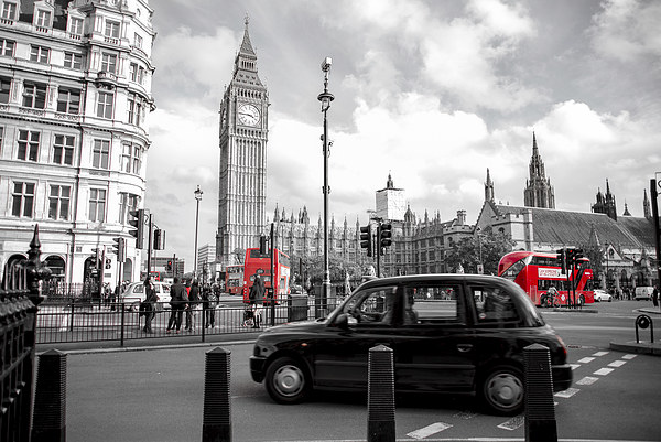 Iconic London Canvas print by Louise Wilden