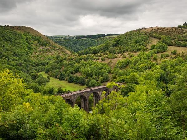 Monsal viaduct Canvas print by jason thompson