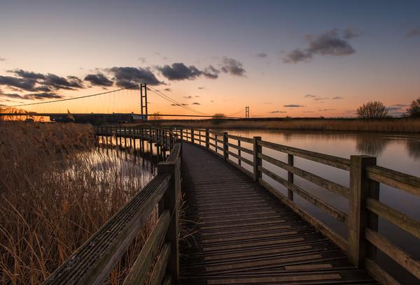 Humber bridge Sunset             Canvas Print by jason thompson