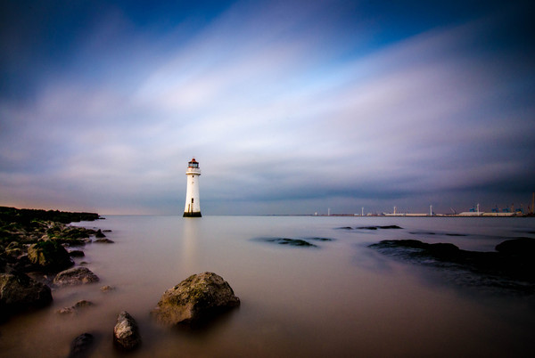 Fort Perch Rock Lighthouse Canvas print by Garry Kennedy