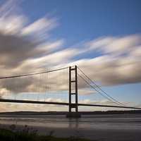 Buy canvas prints of  Humber Bridge by Des O'Connor