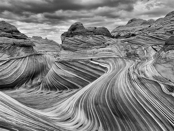 The Wave - Black & White Canvas print by sharpimage.net