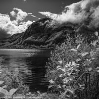 Buy canvas prints of Loch Lubnaig by Nigel Higson