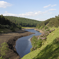 Buy canvas prints of  Howden Reservoir in the Peak Distrct by Kevin Round
