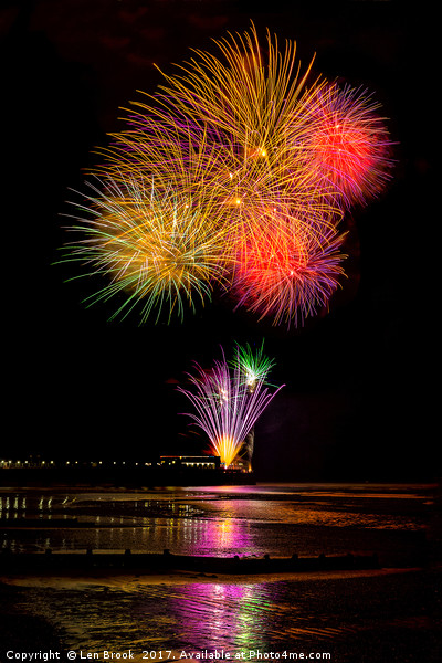 Worthing Beach fireworks 2017 Canvas print by Len Brook