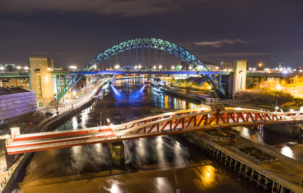Night at the Quayside Canvas print by Phil Naylor