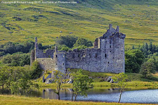 Kilchurn Castle Framed Mounted Print by Richard Long