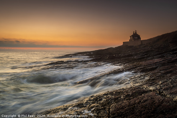 The Bathing House, Howick Canvas print by Phil Reay