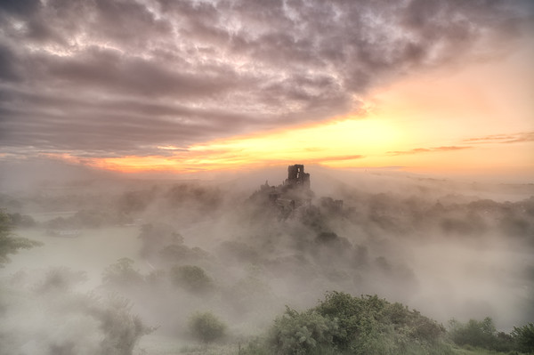 Corfe Castle in the morning Mist Canvas print by daniel allen