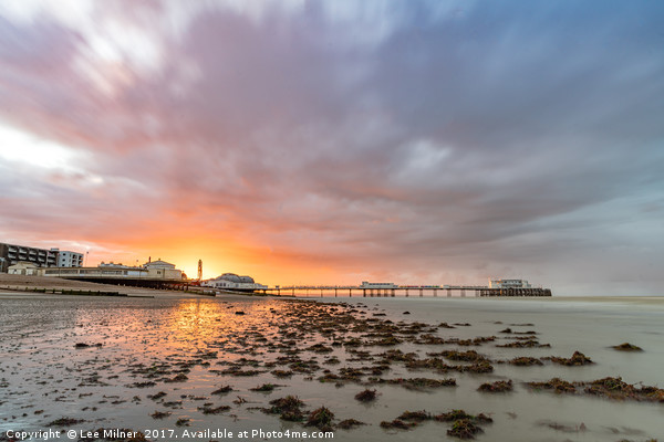Worthing Pier Sunrise  Canvas print by Lee Milner