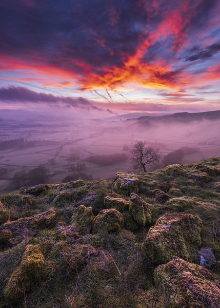 Red Sky in the Morning, Peak District  Canvas Print by John Finney