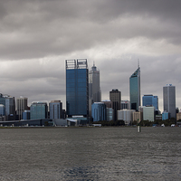 Buy canvas prints of  Perth over Swan river by Leslie Dwight