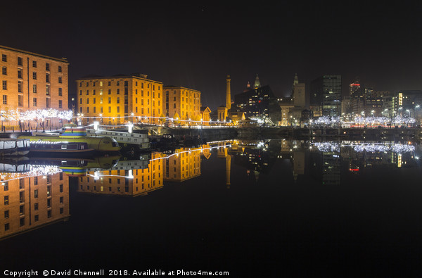 Royal Albert Dock Reflection Canvas print by David Chennell