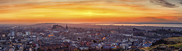 Edinburgh Skyline at Sunset Canvas Print by Miles Gray