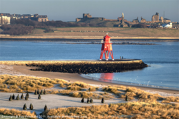 South Shields Groyne Canvas print by Ray Pritchard