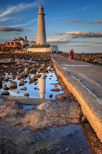 st marys lighthouse  Canvas print by chris smith