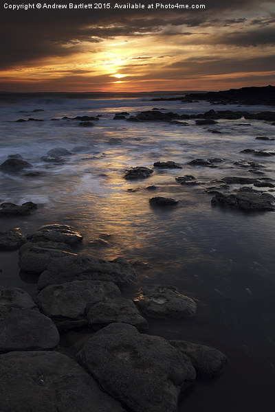 Rest Bay, Porthcawl, South Wales. Canvas print by Andrew Bartlett