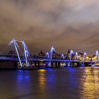 Buy canvas prints of Hungerford bridge by Sebastien Coell