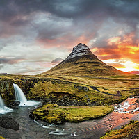 Buy canvas prints of Kirkjufell.. by Sebastien Coell