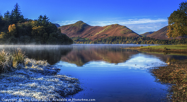 Derwent Water - A Winter's Day Canvas print by Tony Sharp