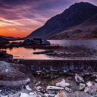 Buy canvas prints of Llyn Ogwen Sunrise by Lee Sutton