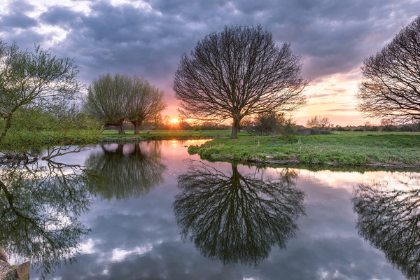 Sunset at Dedham Vale, Suffolk and Essex Border Canvas print by Nick Rowland