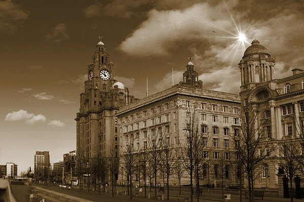 The Liver Building, Liverpool, UK Canvas print by Gregg Howarth