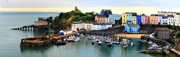 Tenby Harbour Panorama Canvas Print by Jeremy Hayden