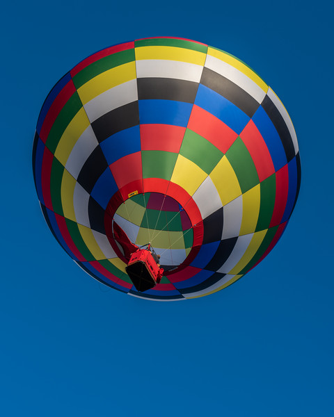 Strathaven Balloon Festival Flights Canvas print by George Robertson