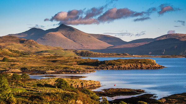 Ben More on Mull Canvas Print by George Robertson