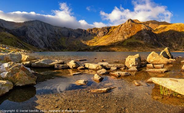 Llyn Idwal lake in the Snowdonia National Park Print by Daniel Santillo
