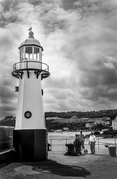 St Ives Lighthouse Canvas print by Tony Bishop
