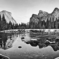 Buy canvas prints of Dramatic view of Yosemite Valley. by Jamie Pham